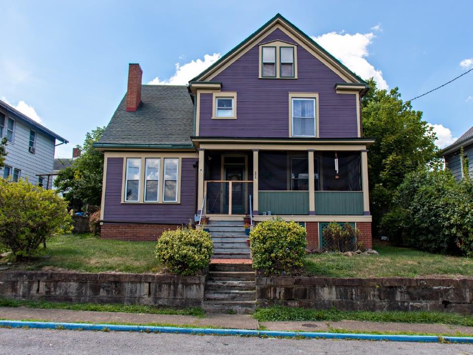 208 Dewey St.